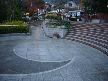 三宮広場2.JPG