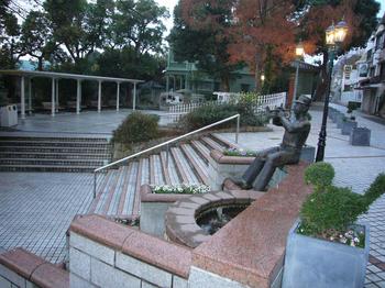 三宮広場3.JPG